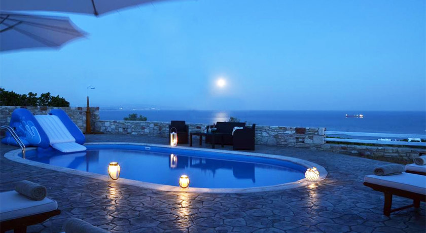 santorini private villas hire